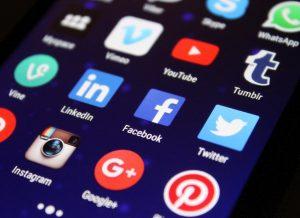 Ao gerar conteúdo de qualidade para suas redes sociais aumenta as chances de vendas.