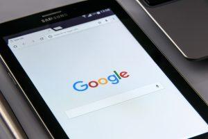 Google possui ferramentas de marketing digital para ajudar a gerir seu negócio, como o Google Analytics.