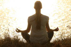 Por mais que todos os motivos levem para o desespero, você só conseguirá achar uma saída se mantiver a calma.