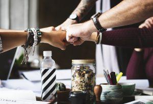 O marketing digital te dá a possibilidade de trabalhar com quem você quiser.